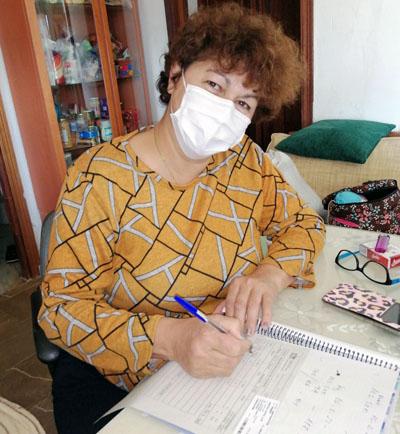 Los cuidadores reciben educación sanitaria antes del trasplante