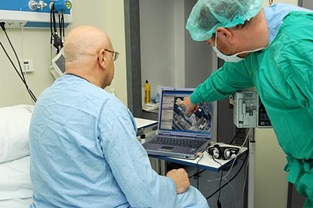Atención a enfermo ingresado en el Servicio de Hematología