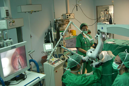 Cirugía Laringea Laser