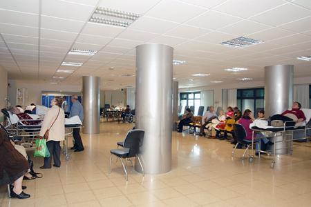Sala de espera de pacientes del circuito médico-quirúrgico