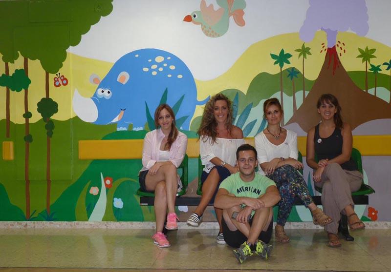 Gran parte del equipo de diseñadores que ha participado en el proyecto. De izquierda a derecha y de arriba a abajo: María, Almudena, Carmen, Conchi y Miguel Ángel