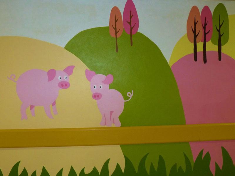 El mural de los cerditos acabado
