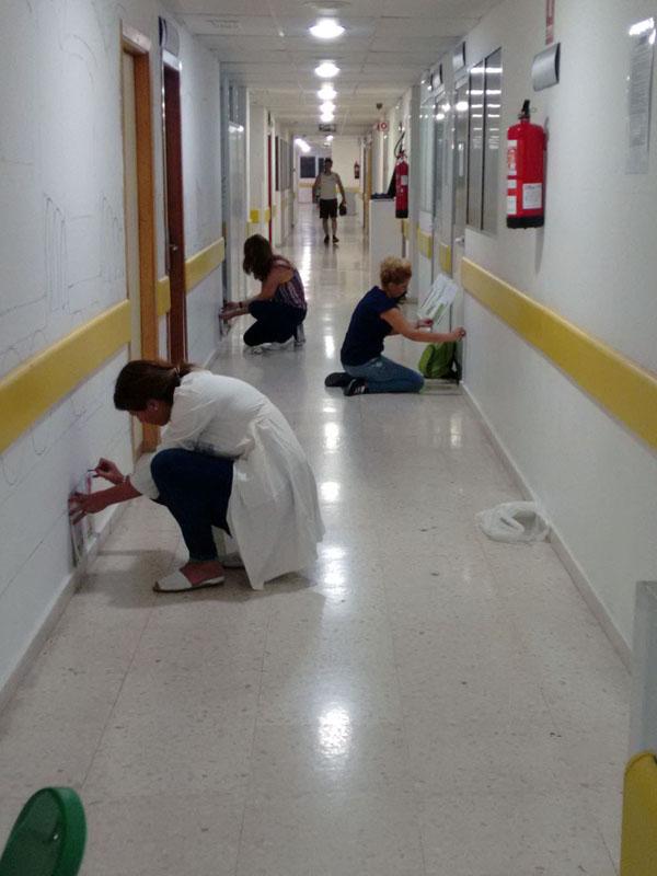 Un equipo de voluntarios en el segundo día de trabajo