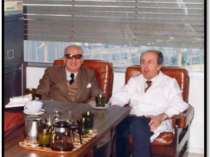 D. Juan Barbudo y D. Pedro Sánchez Guijo en el H. Provincial. 1980