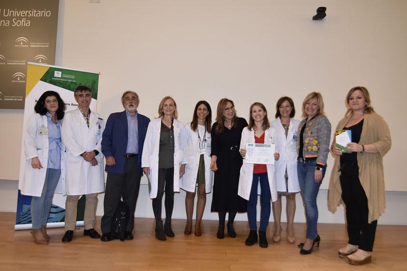Clementina López recibe el premio Residente Excelente