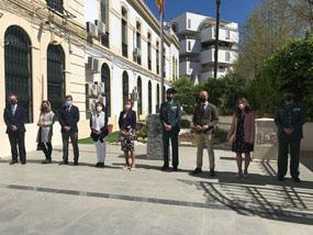 Valle García recibe la Cruz con distintivo blanco de la Orden del Mérito