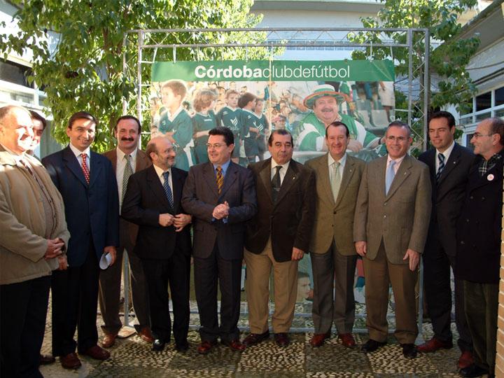 El Córdoba CF y el hospital unidos por la donación de órganos. 2003