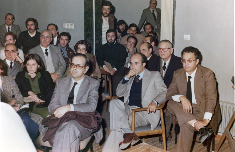 Encuentro de profesionales sanitarios década de los 70