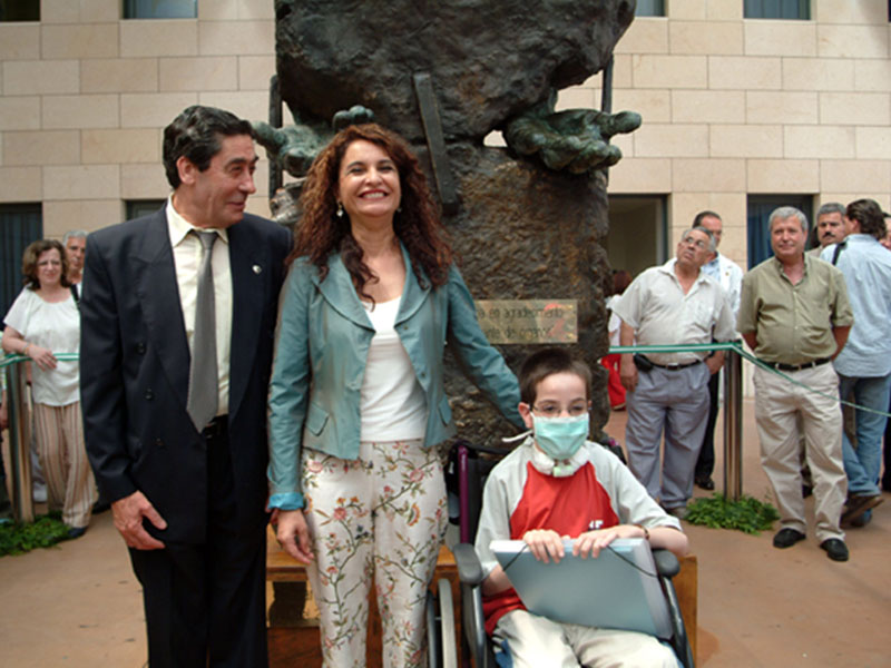 Inauguración del monumento al donante de órganos. 2004