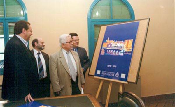 Presentación del cartel del 25 aniversario. 2001