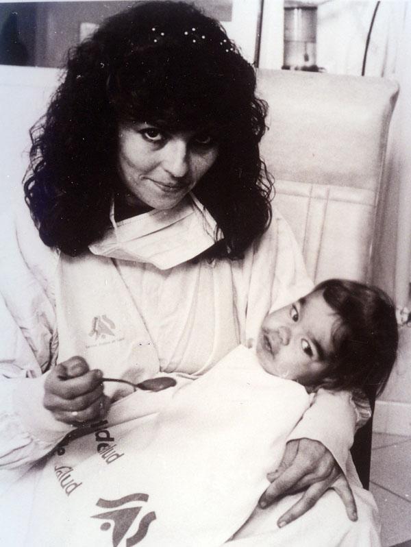Primer niño trasplantado de hígado en el Reina Sofía. 1995