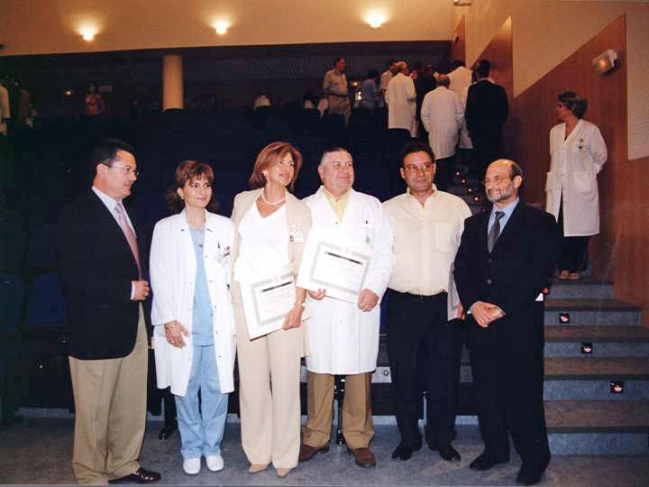 Profesionales que en 2003 cumplieron 25 años de servicio. 2003