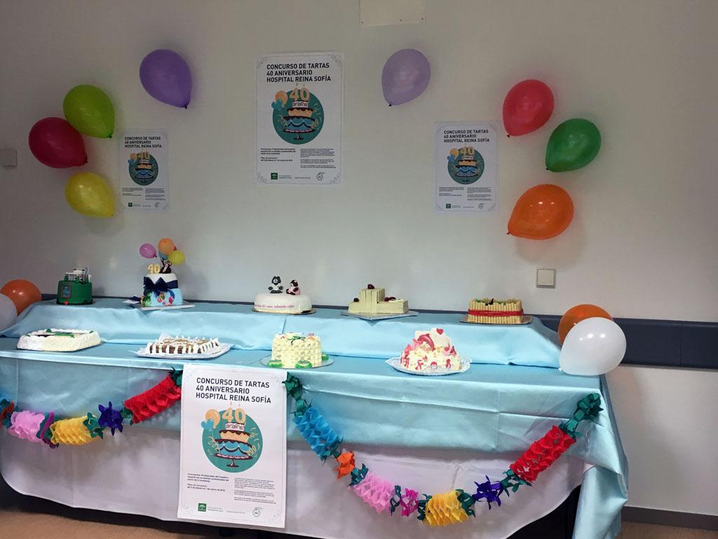Presentación de las nueve tartas que han participado en el certamen