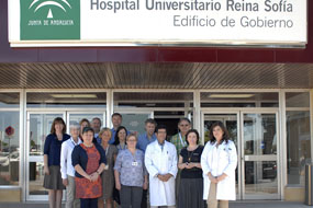 Visita de profesores europeos acompañados por los profesionales del hospital