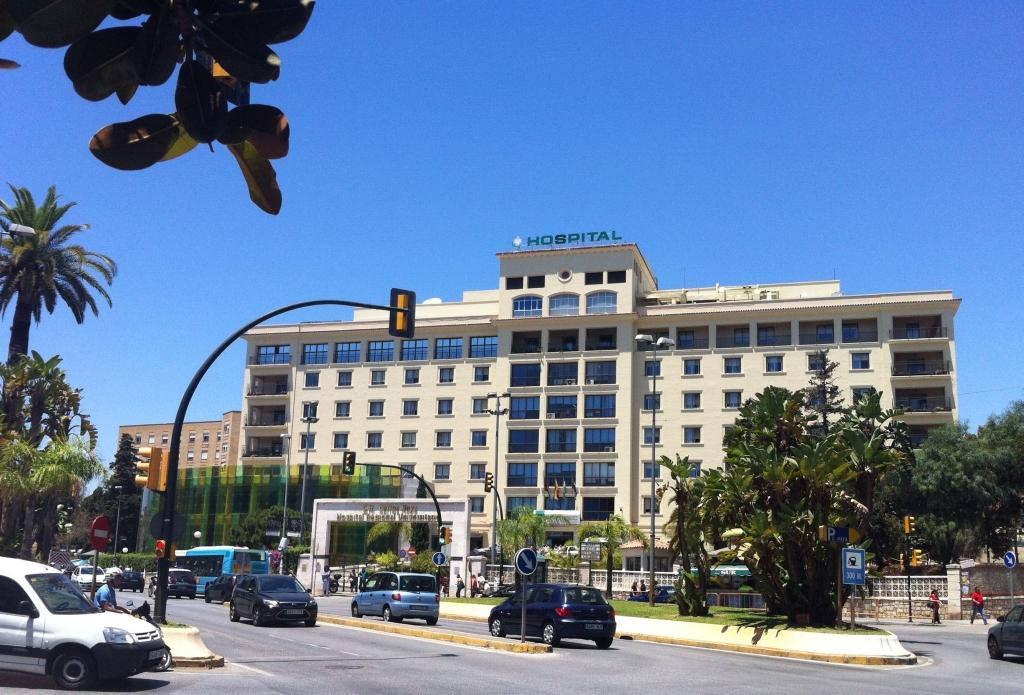 Resultado de imagen de Hospital Regional de Málaga