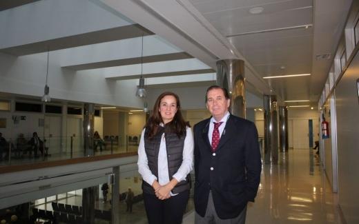 Victoria Gálvez y Enrique Herrera, facultativos de UGCI Dermatología