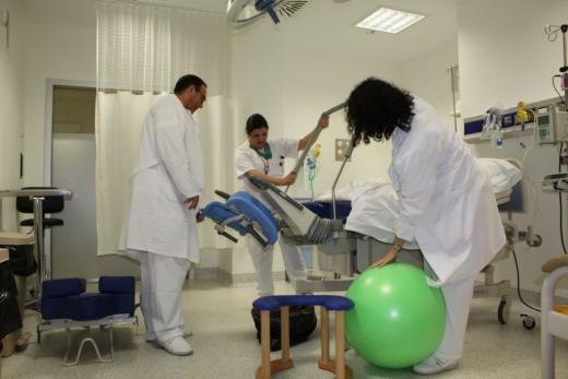 Profesionales del área de obstetricia y neonatología