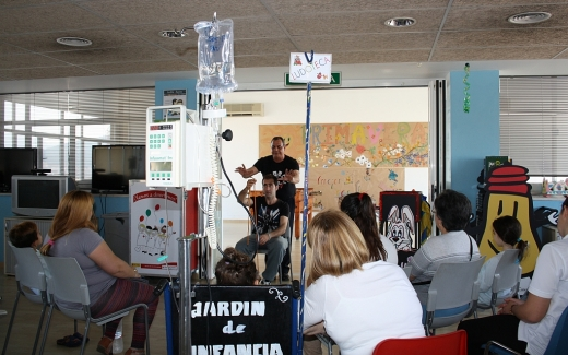 Celebración del Día del Libro en el Hospital materno Infantil de Málaga