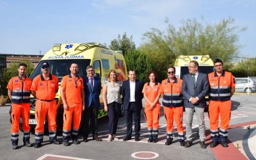 Salud renueva dos de las siete uvis móviles del 061 en Málaga