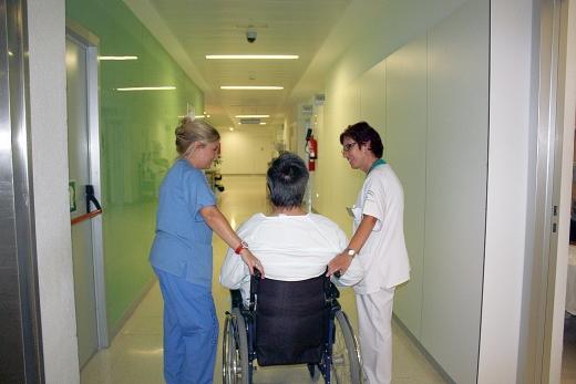 La Unidad de Medicina Interna valora y asesora a los pacientes de nuevo ingreso