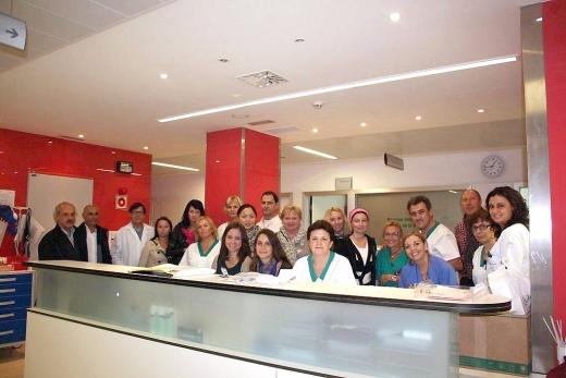 Visita de profesionales docentes y alumnas de Enfermería al hospital