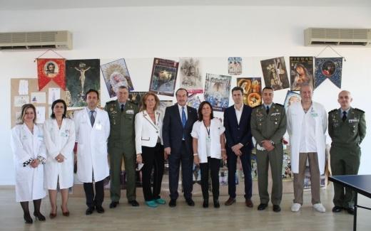 Visita de la Brigada Paracaidista y las Reales Cofradías Fusionadas