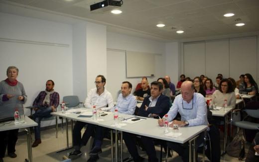 Reunión de investigadores celebrada en el Hospital Virgen de la Victoria