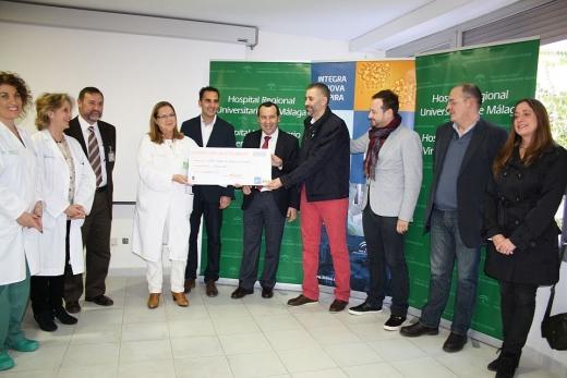Entrega de los fondos para la investigación sobre la leucemia