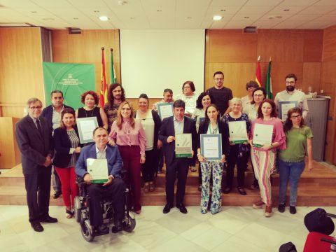 Entrega certificación 5 centros provincia de Córdoba