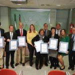 Entrega certificación 8 centros provincia Jaen 140218