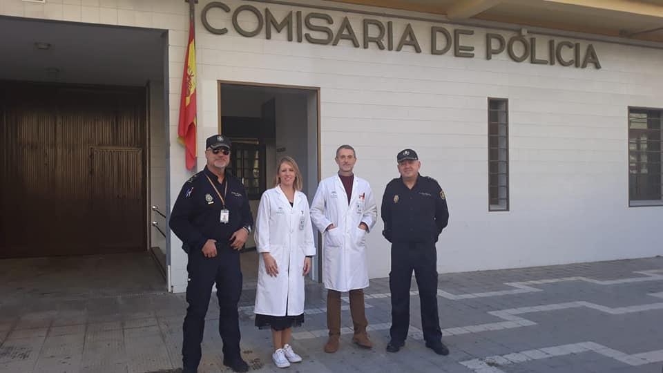 El Área Sanitaria vacuna a los Policias Nacionales de Torre del Mar