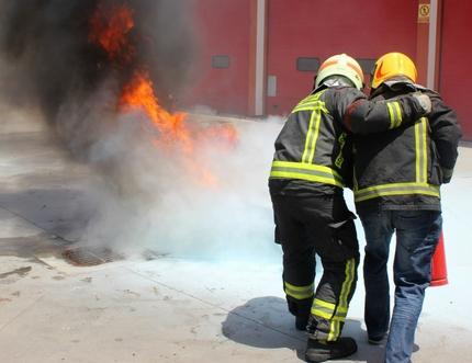 Trabajadores del Hospital Comarcal de la Axarquía se forman en Equipos de Primera Intervención ante situaciones de emergencia