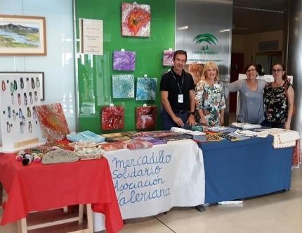 La Asociación Valeriana visita nuestro stand de Participación Ciudadana