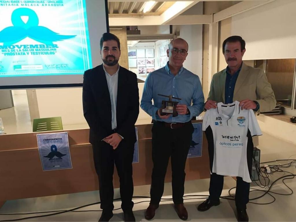 Una treintena de personas participan en la conferencia 'Próstata y Testículos', con la que el Área Sanitaria Málaga-Axarquía se adhiere al Movimiento Movember