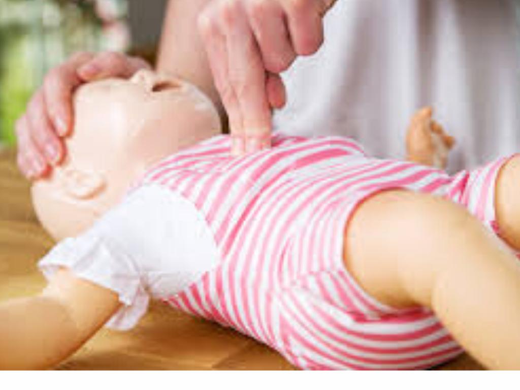 El Área Sanitaria Málaga-Axarquía imparte un curso de Reanimación CardioPulmonar Neonatal