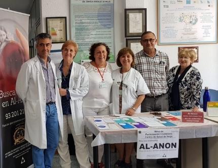 La asociación AL-ANON visita el centro de salud de Nerja