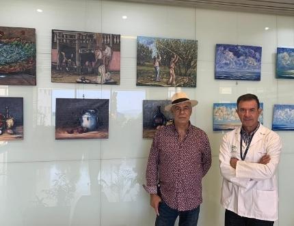 El pintor torreño Miguel Segura expone en el Hospital Comarcal su obra 'Antología'