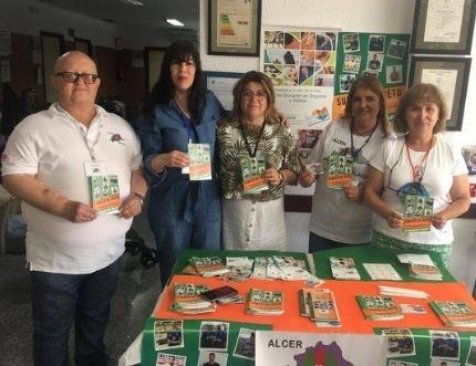 La asociación ALCER visita el centro de salud de Nerja