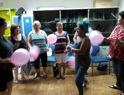 El Grupo de Ayuda Mutua de Torrox celebra un Taller de Risoterapia