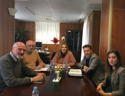 El Área Sanitaria Málaga-Axarquía acuerda con el Ayuntamiento de Torrox la ampliación del Consultorio de El Morche