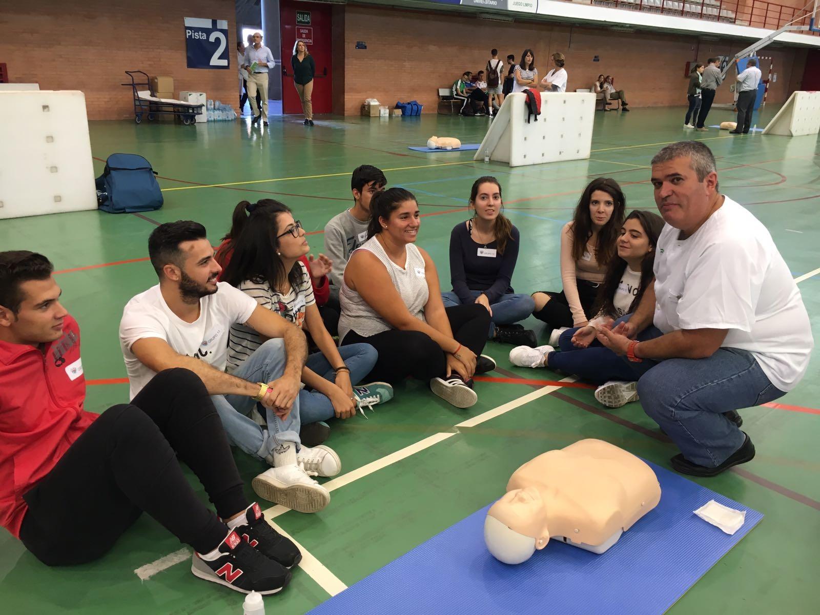 Profesionales del Área Sanitaria Axarquía participan en el Día Europeo de la Concienciación ante la Parada Cardiorrespiratoria