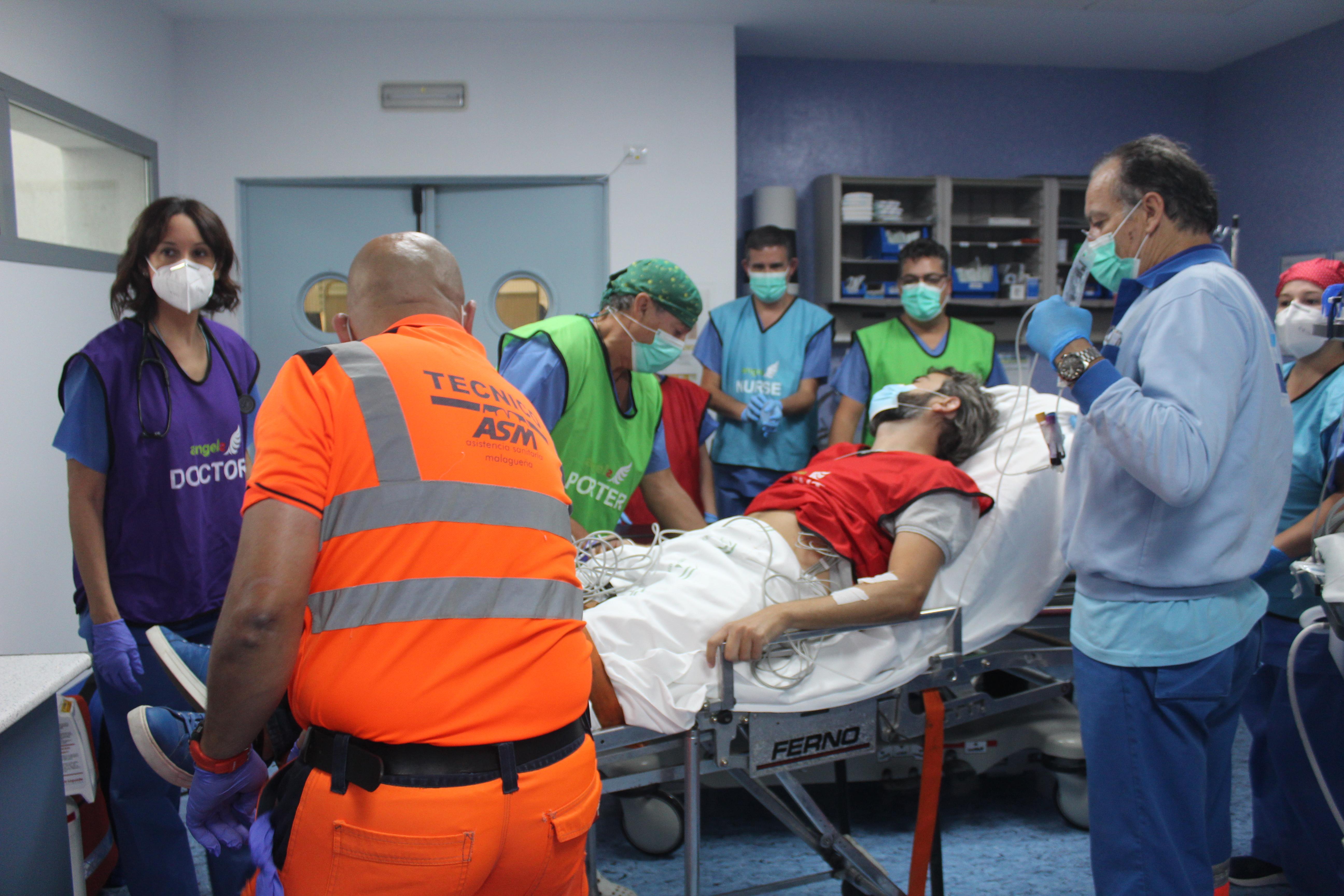 El Área Sanitaria Málaga-Axarquía realiza un simulacro de código ictus para valorar los tiempos de respuesta