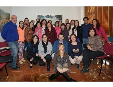 El Área Sanitaria Axarquía imparte un taller para auxiliares de ayuda a domicilio en Periana