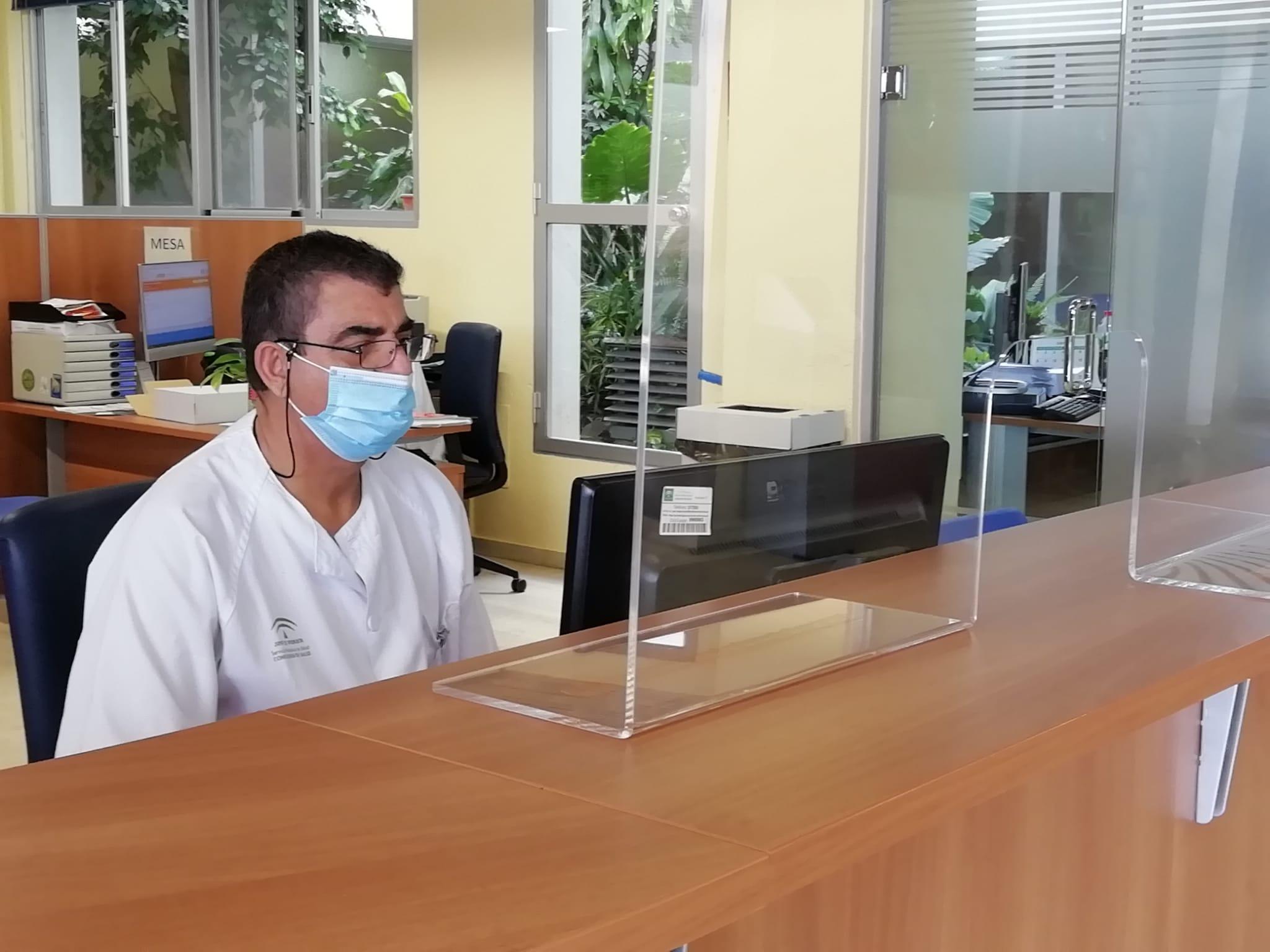 La Asociación de Intérpretes Voluntarios para la Salud de la Axarquía realizó durante el primer semestre de este año 3.494 actuaciones en el Área Sanitaria Málaga-Axarquía