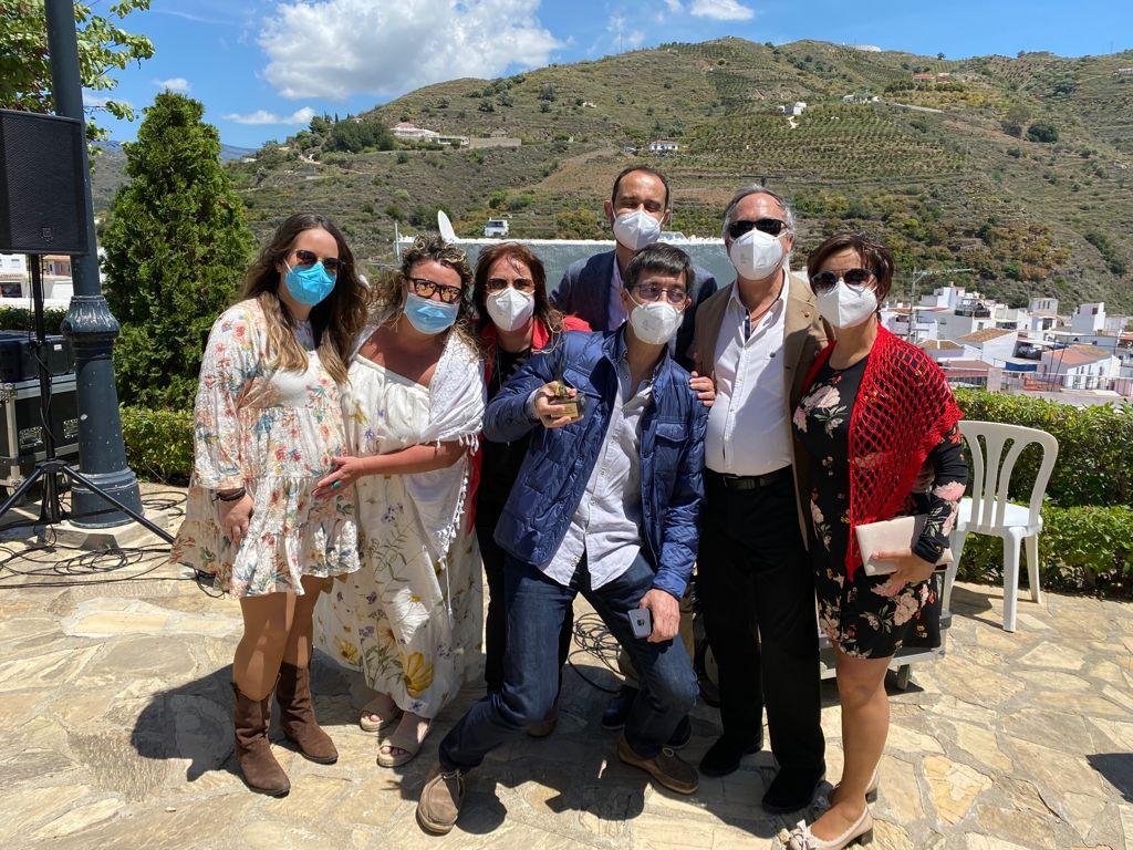 Premio del Ayuntamiento de Algarrobo al centro de salud de la localidad por su labor frente a la Covid-19