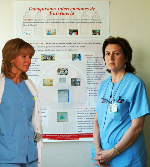 Enfermeras que han realizado el cartel
