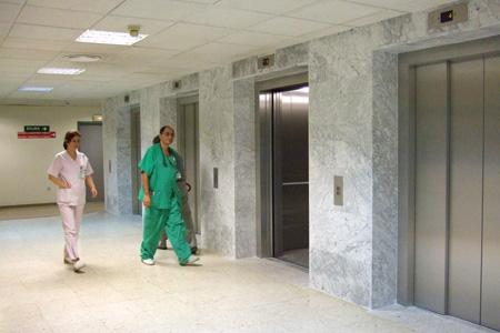Nuevos ascensores del hospital