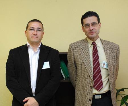 En la foto, a la izquierda, el nuevo subdirector de Personal, Casto Ortiz, y el director de este área, Ángel Serrano