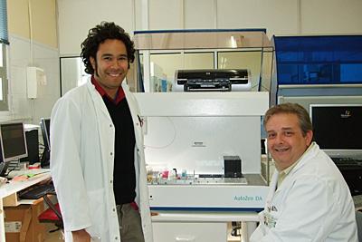 Profesionales en el laboratorio de inmunología