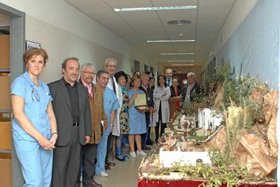 El belén instalado en el servicio de nefrología alcanzó el primer premio del concurso organizado por la asociación de mayores